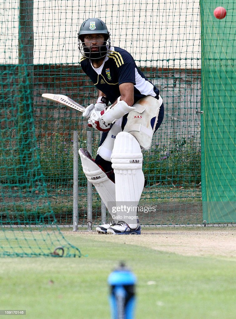 <a gi-track='captionPersonalityLinkClicked' href=/galleries/search?phrase=Hashim+Amla&family=editorial&specificpeople=647392 ng-click='$event.stopPropagation()'>Hashim Amla</a> during the South African national cricket team training session at Axxess St Georges on January 09, 2013 in Port Elizabeth, South Africa.