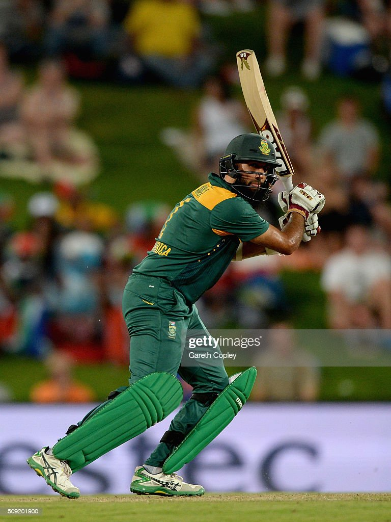 <a gi-track='captionPersonalityLinkClicked' href=/galleries/search?phrase=Hashim+Amla&family=editorial&specificpeople=647392 ng-click='$event.stopPropagation()'>Hashim Amla</a> of South Africa bats during the 3rd Momentum ODI match between South Africa and England at Supersport Park on February 9, 2016 in Centurion, South Africa.