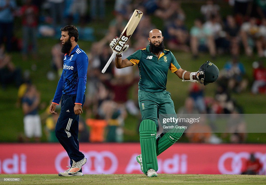 Hashim Amla of South Africa celebrates reaching his century during the 3rd Momentum ODI match between South Africa and England at Supersport Park on February 9, 2016 in Centurion, South Africa.