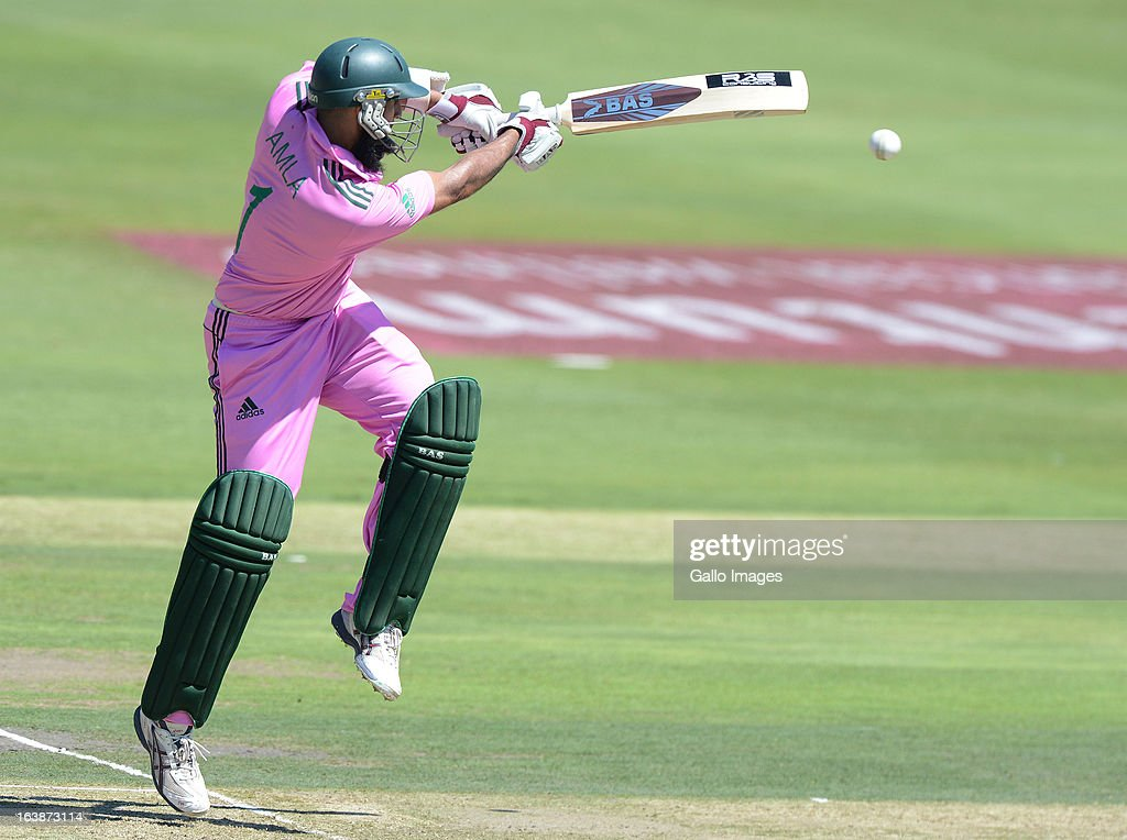 <a gi-track='captionPersonalityLinkClicked' href=/galleries/search?phrase=Hashim+Amla&family=editorial&specificpeople=647392 ng-click='$event.stopPropagation()'>Hashim Amla</a> of South Africa pulls a delivery during the 3rd Momentum ODI match between South Africa and Pakistan at Bidvest Wanderers Stadium on March 17, 2013 in Johannesburg, South Africa.