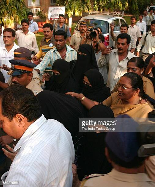 Hasina Parkar the sister of fugitive mobster and India's most wanted criminal Dawood Ibrahim with other four burqaclad women entering a court in...
