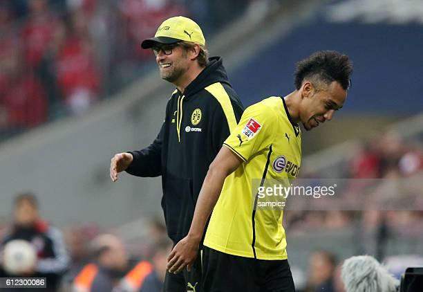 hat gut lachen Trainer Jürgen Juergen Klopp Borussia Dortmund und Pierre Emerick Aubameyang Borussia Dortmund 1 Bundesliga Fussball FC Bayern München...