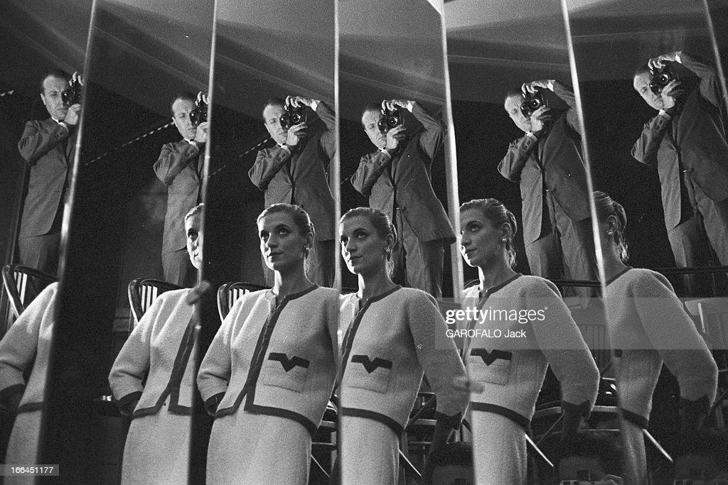 Haute couture paris 1957 france paris juillet 1957 les for Miroir qui se colle