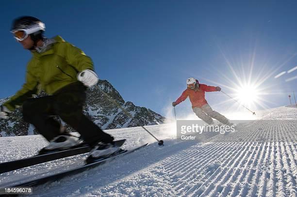 Tiene diversión esquí y borrosa