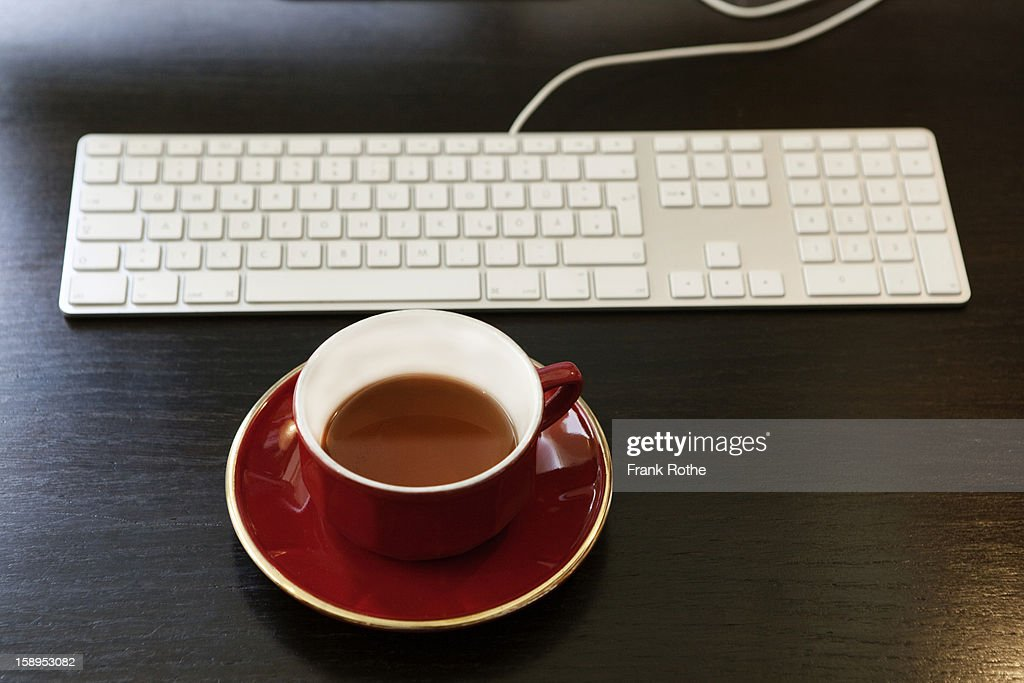 having a break while working on the computer : Stock Photo