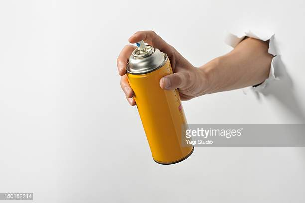 Having a hand spray cans