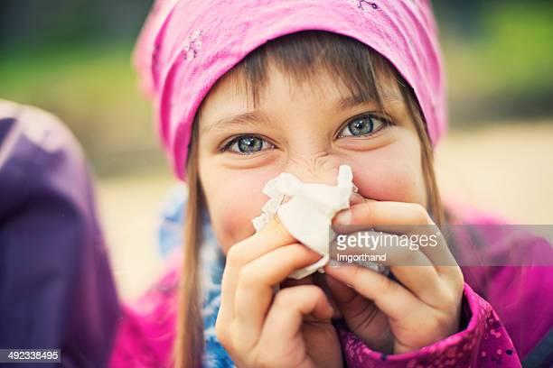 A divertir-se limpar o nariz