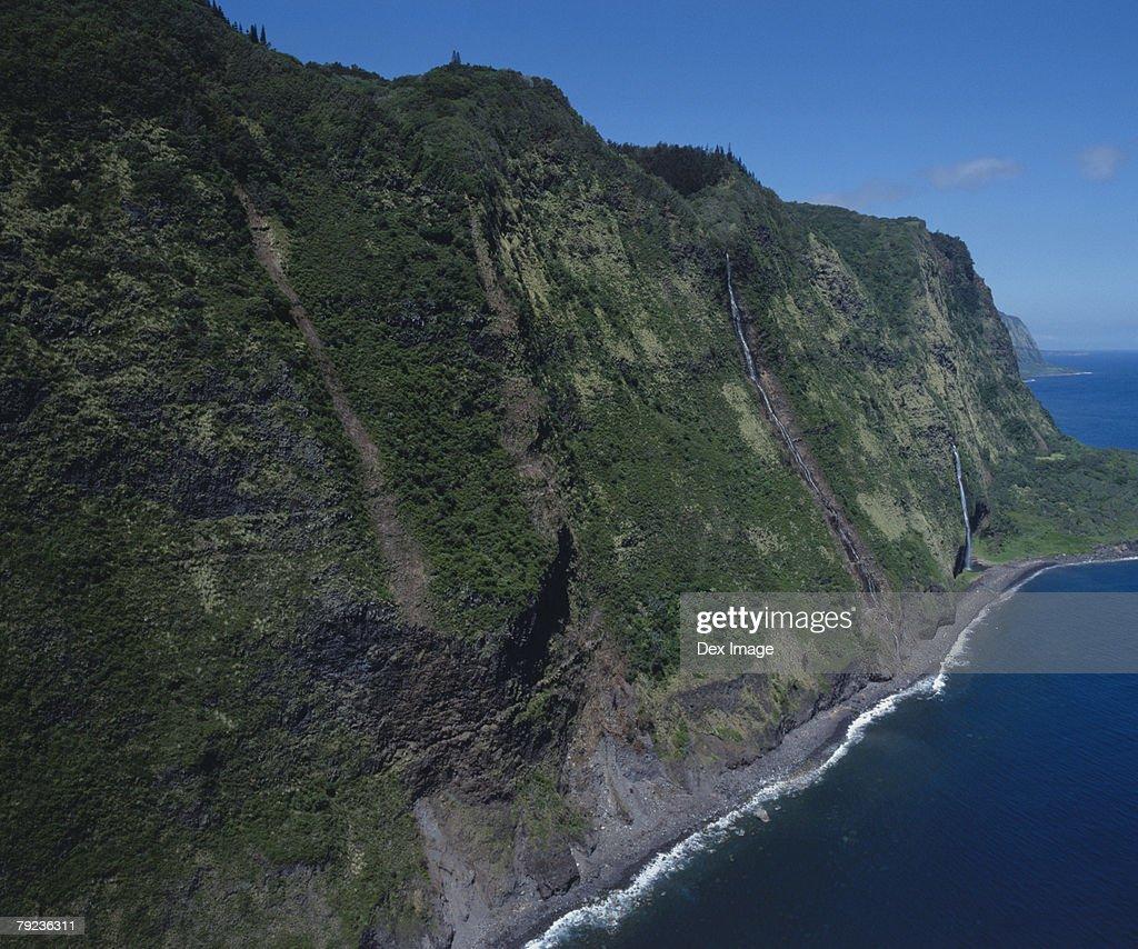 USA, Hawaii, Big Island, cliff and coast scenic : Stock Photo
