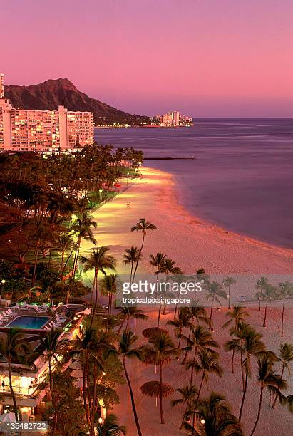 USA Hawaii Oahu, Waikiki and Diamond Head on sunset