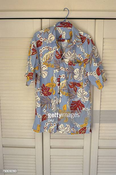 Hawaiian Shirts, Close Up