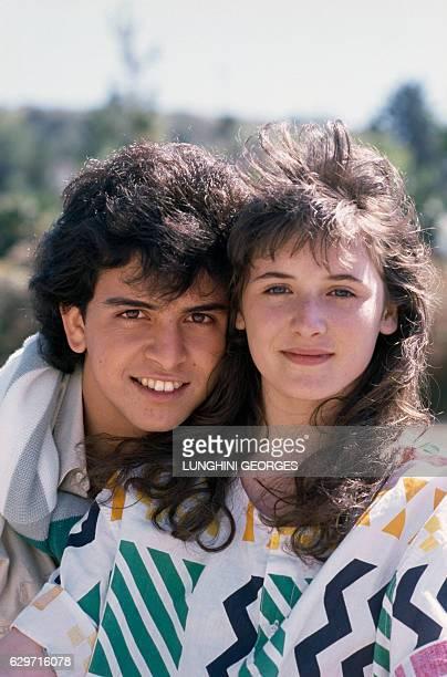Hawaiianborn American singer of Portuguese origin Glenn Medeiros and French singer Elsa Lunghini in Los Angeles to record their single 'Un Roman...