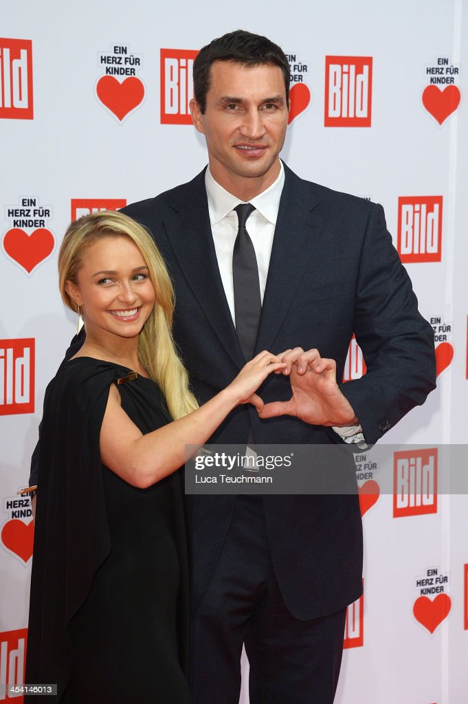 <a gi-track='captionPersonalityLinkClicked' href=/galleries/search?phrase=Hayden+Panettiere&family=editorial&specificpeople=204227 ng-click='$event.stopPropagation()'>Hayden Panettiere</a> and <a gi-track='captionPersonalityLinkClicked' href=/galleries/search?phrase=Wladimir+Klitschko&family=editorial&specificpeople=210650 ng-click='$event.stopPropagation()'>Wladimir Klitschko</a> attend the Ein Herz Fuer Kinder Gala 2013 at Flughafen Tempelhof on December 7, 2013 in Berlin, Germany.