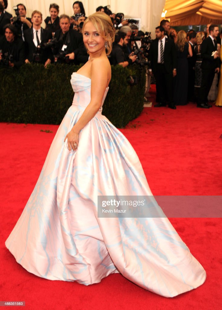 <a gi-track='captionPersonalityLinkClicked' href=/galleries/search?phrase=Hayden+Panettiere&family=editorial&specificpeople=204227 ng-click='$event.stopPropagation()'>Hayden Panettiere</a> attends the 'Charles James: Beyond Fashion' Costume Institute Gala at the Metropolitan Museum of Art on May 5, 2014 in New York City.