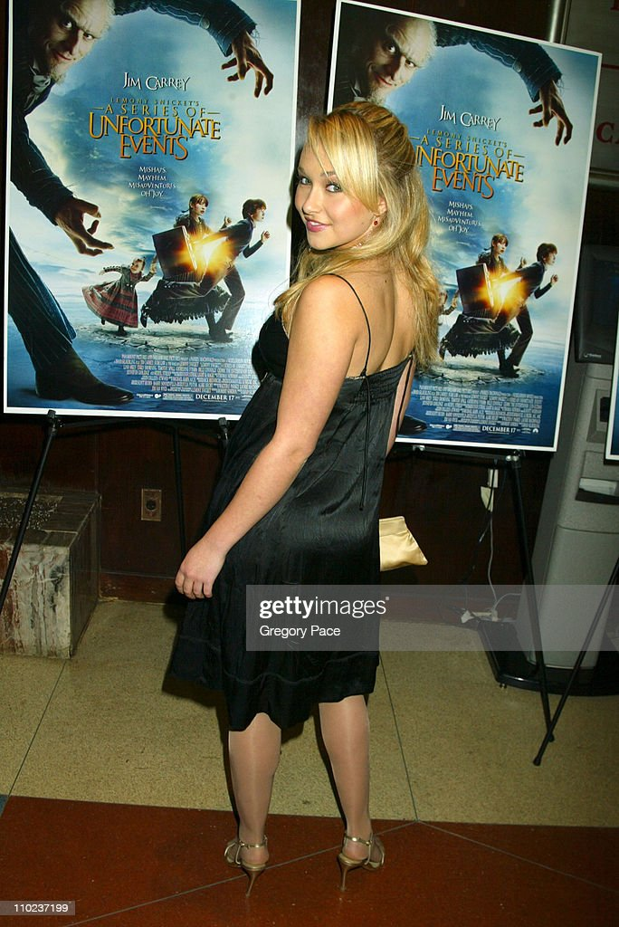 <a gi-track='captionPersonalityLinkClicked' href=/galleries/search?phrase=Hayden+Panettiere&family=editorial&specificpeople=204227 ng-click='$event.stopPropagation()'>Hayden Panettiere</a> during A Special Screening of 'Lemony Snicket's A Series Of Unfortunate Events' - Inside Arrivals at Clearview Beekman Theater in New York City, New York, United States.