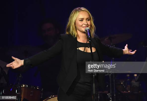 Hayden Panettiere performs during 'Nashville for Africa' a Benefit for the African Childrens Choir at the Ryman Auditorium on February 15 2016 in...