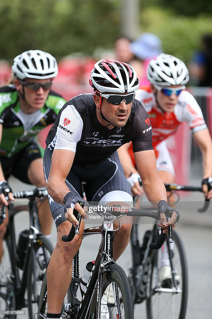 <a gi-track='captionPersonalityLinkClicked' href=/galleries/search?phrase=Hayden+Roulston&family=editorial&specificpeople=791949 ng-click='$event.stopPropagation()'>Hayden Roulston</a> of Christchurch leads the peloton during the New Zealand Men's Road Cycling Championships at Pioneer Stadium on January 12, 2014 in Christchurch, New Zealand.