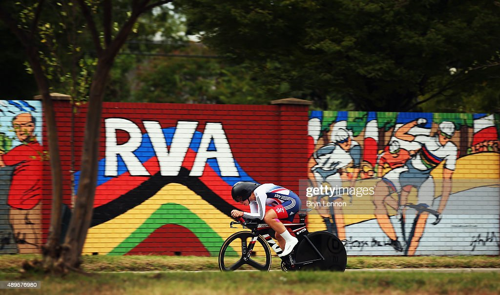 Hayley Simmonds of Great Britain in action in the Women's Elite Individual Time Trial during day three of the UCI Road World Championships on...