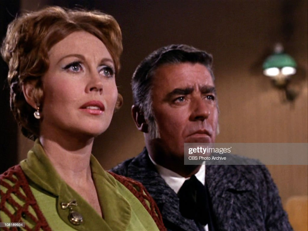Hazel Court as <b>Elizabeth Carter</b> and Peter Lawford as Carl Jackson in &#39;The ... - hazel-court-as-elizabeth-carter-and-peter-lawford-as-carl-jackson-in-picture-id108189934