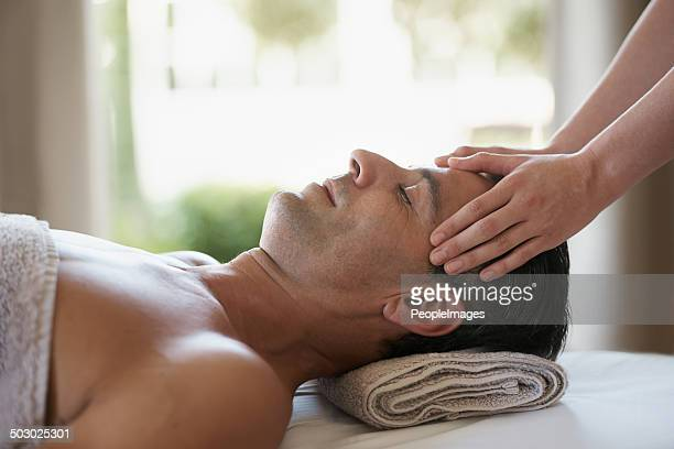 Er hat die besten Massagen