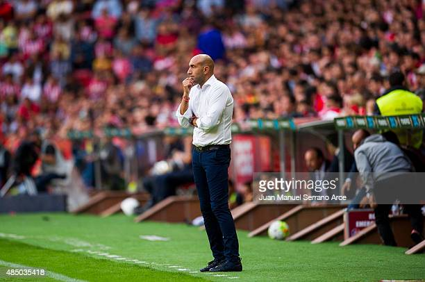Head Abelardo Fernandez of Sporting Gijon reacts during the La Liga match between Sporting Gijon and Real Madrid at Estadio El Molinon on August 23...