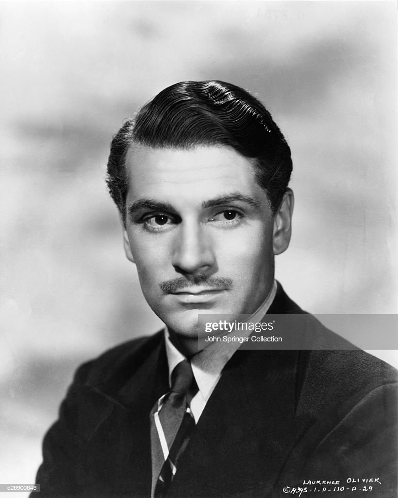 Head and shoulders portrait photo of English actor Sir <a gi-track='captionPersonalityLinkClicked' href=/galleries/search?phrase=Laurence+Olivier&family=editorial&specificpeople=80991 ng-click='$event.stopPropagation()'>Laurence Olivier</a> (1907-89). Undated photograph.