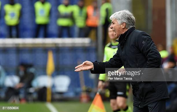 Head Coac of Genoa CFC Gian Piero Gasperini gestures during the Serie A match between Genoa CFC and Udinese Calcio at Stadio Luigi Ferraris on...