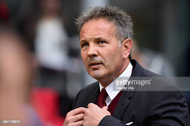Head coach AC Milan Sinisa Mihajlovic looks on prior to the Serie A match between AC Milan and US Sassuolo Calcio at Stadio Giuseppe Meazza on...