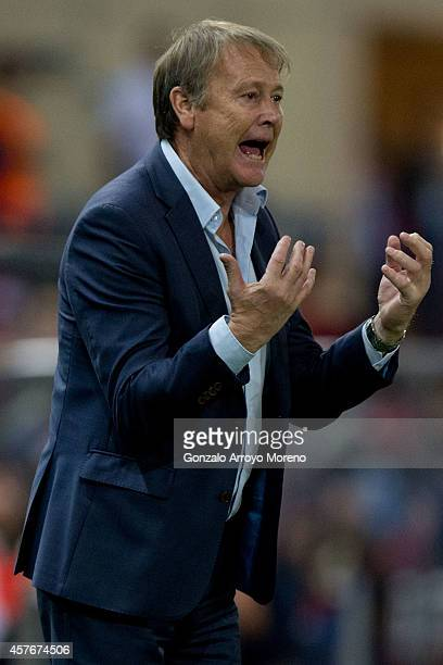 Head coach Age Hareide of Malmo FF gives instructions during the UEFA Champions League group A match between Club Atletico de Madrid and Malmo FF at...