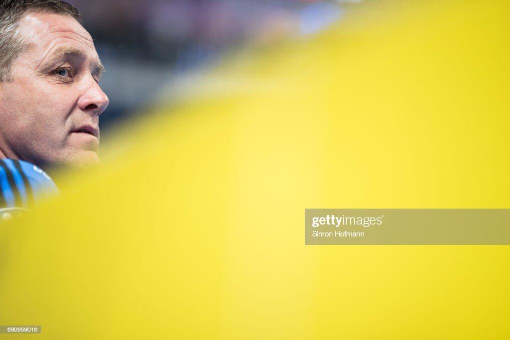 Head coach Alfred Gislason looks on prior to the DKB HBL match between Rhein-Neckar Loewen and THW Kiel at SAP Arena on May 31, 2017 in Mannheim, Germany.