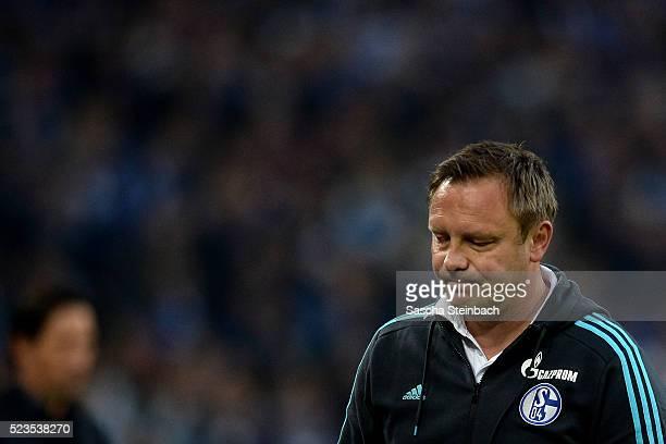 Head coach Andre Breitenreiter of Schalke reacts after losing the Bundesliga match against Bayer Leverkusen at VeltinsArena on April 23 2016 in...