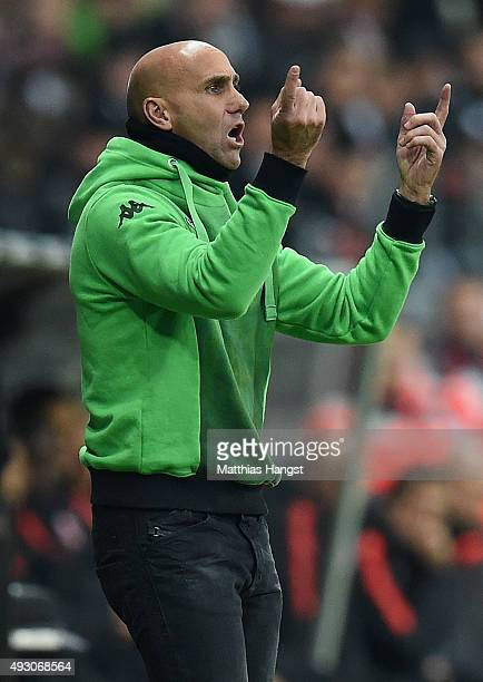 Head coach Andre Schubert of Gladbach gestures during the Bundesliga match between Eintracht Frankfurt and Borussia Moenchengladbach at...