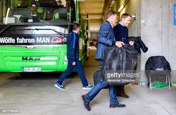 Head coach Andries Jonker of VfL Wolfsburg arrives prior to the Bundesliga match between 1 FSV Mainz 05 and VfL Wolfsburg at Opel Arena on March 4...