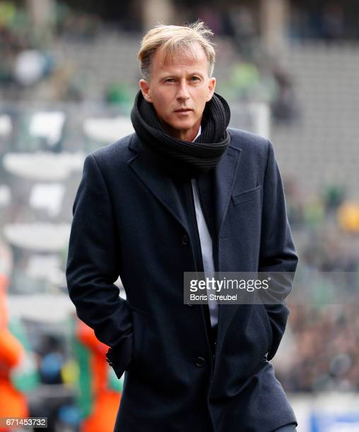 Head coach Andries Jonker of VfL Wolfsburg looks on prior to the Bundesliga match between Hertha BSC and VfL Wolfsburg at Olympiastadion on April 22...