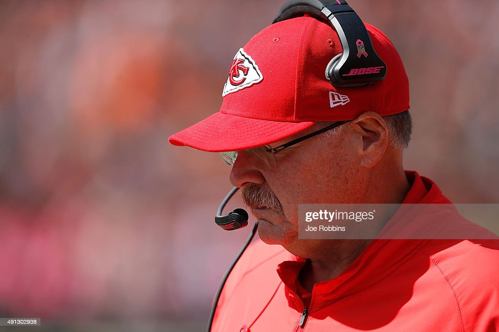 Head Coach <a gi-track='captionPersonalityLinkClicked' href=/galleries/search?phrase=Andy+Reid&family=editorial&specificpeople=204475 ng-click='$event.stopPropagation()'>Andy Reid</a> of the Kansas City Chiefs coaches his players as they take on the Cincinnati Bengals during the first quarter at Paul Brown Stadium on October 4, 2015 in Cincinnati, Ohio.