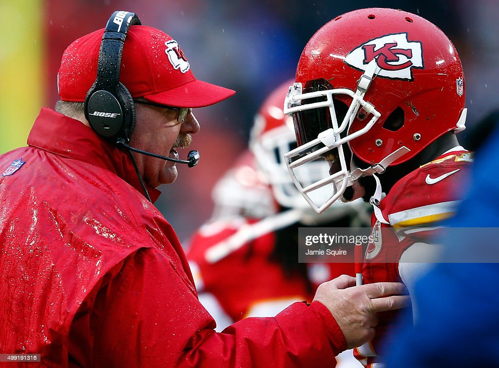 Head coach <a gi-track='captionPersonalityLinkClicked' href=/galleries/search?phrase=Andy+Reid+-+Entra%C3%AEneur&family=editorial&specificpeople=204475 ng-click='$event.stopPropagation()'>Andy Reid</a> of the Kansas City Chiefs congratulates outside linebacker <a gi-track='captionPersonalityLinkClicked' href=/galleries/search?phrase=Tamba+Hali&family=editorial&specificpeople=630576 ng-click='$event.stopPropagation()'>Tamba Hali</a> #91 after on 4th down the Chiefs defense prevented the Buffalo Bills from obtaining a first down during the 2nd half of the game at Arrowhead Stadium on November 29, 2015 in Kansas City, Missouri.
