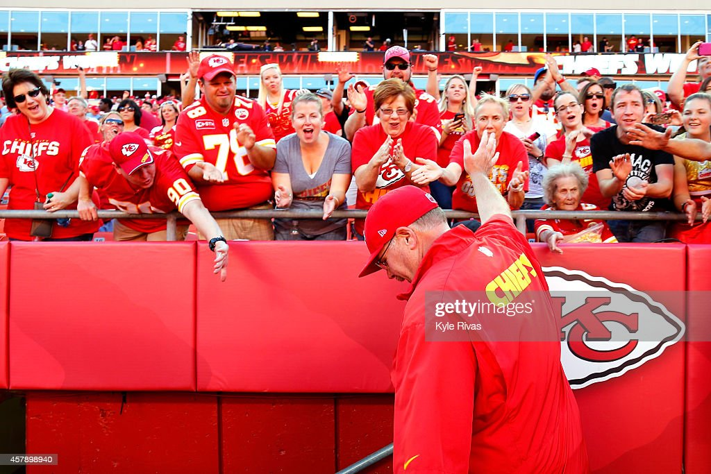 Head coach <a gi-track='captionPersonalityLinkClicked' href=/galleries/search?phrase=Andy+Reid+-+Coach&family=editorial&specificpeople=204475 ng-click='$event.stopPropagation()'>Andy Reid</a> of the Kansas City Chiefs waves to cheering fans after defeating the St. Louis Rams 34-7 at Arrowhead Stadium on October 26, 2014 in Kansas City, Missouri.