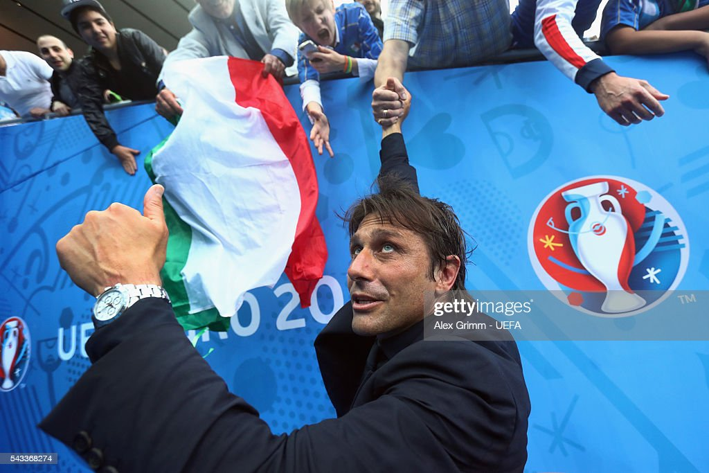 Head coach Antonio Conte of Italy celebrates with fans after the UEFA EURO 2016 round of 16 match between Italy and Spain at Stade de France on June 27, 2016 in Paris, France.