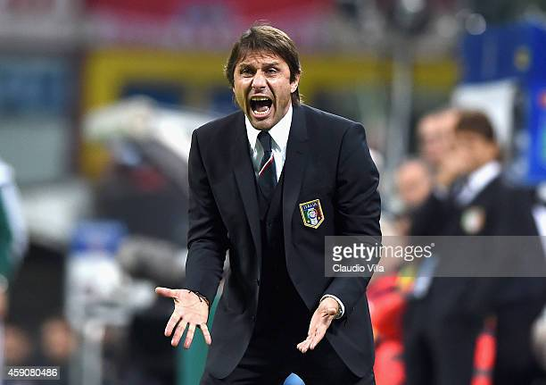 Head coach Antonio Conte of Italy reacts during the EURO 2016 Group H Qualifier match between Italy and Croatia at Stadio Giuseppe Meazza on November...