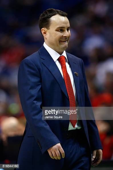 Archie Miller Coach Stock Photos and Pictures | Getty Images