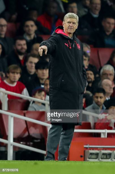 Head coach Arsene Wenger of Arsenal gestures during UEFA Europa League Group H match between Arsenal and Red Star Belgrade at The Emirates London 2...