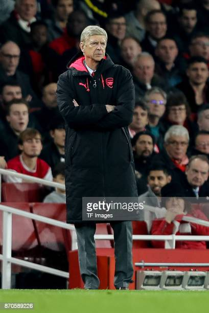head coach Arsene Wenger of Arsenal looks on during UEFA Europa League Group H match between Arsenal and Red Star Belgrade at The Emirates London 2...