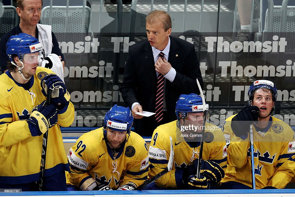 Head coach BengtAke Gustafsson of Sweden talks to players during the IIHF World Championship group C match between Sweden and France at SAP Arena on...