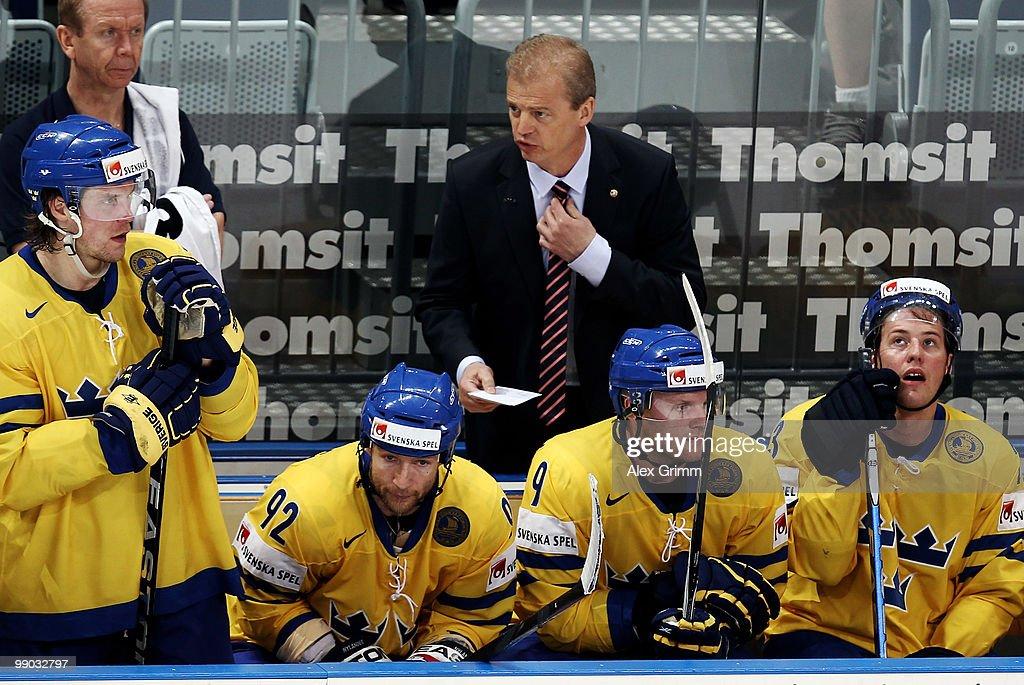 Sweden v France - 2010 IIHF World Championship