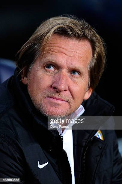 Head coach Bernd Schuster of Malaga CF looks on from the bench during the La Liga match between FC Barcelona and Malaga CF at Camp Nou on January 26...