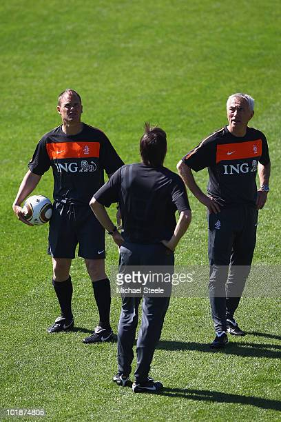 Head coach Bert van Marwijk in discussioin with assistant coaches Frank de Boer and Phillip Cocu during a Netherlands training session at the Wits...