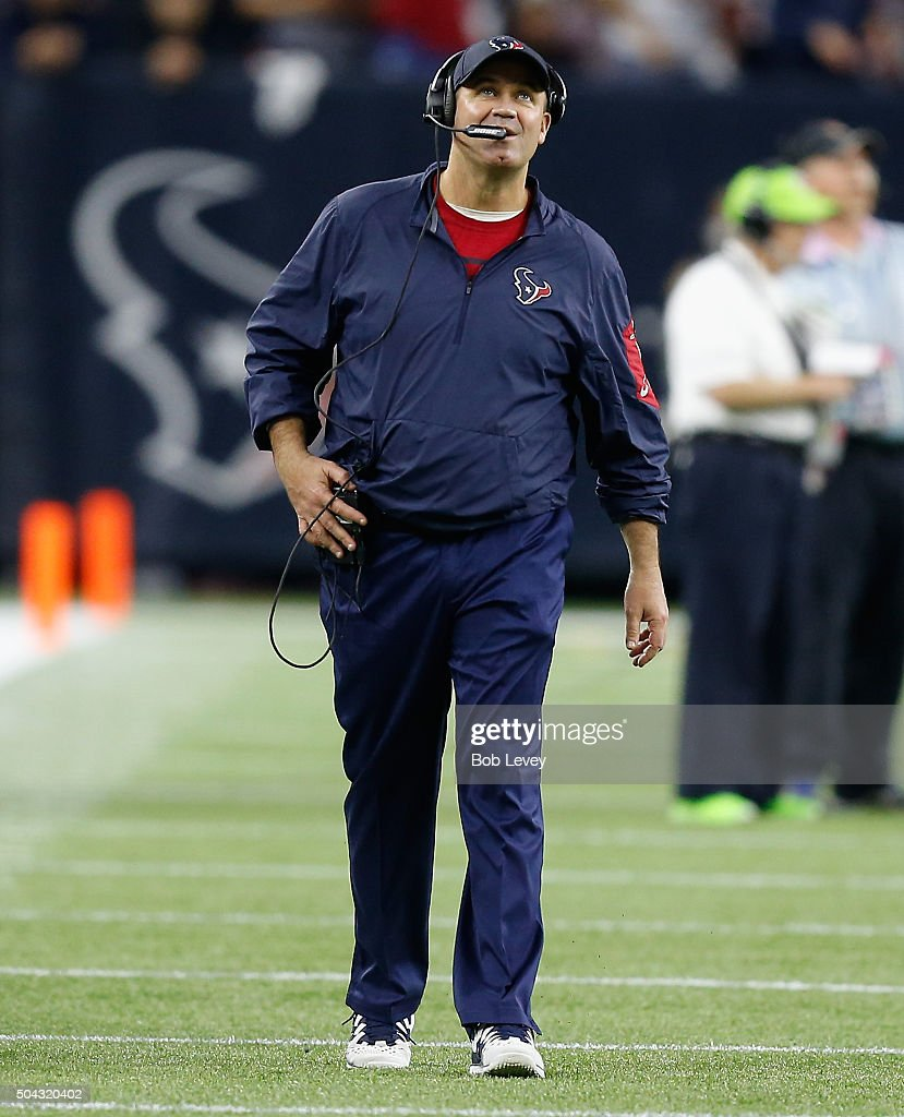 Head coach Bill O'Brien of the Houston Texans walks the sideline during the AFC Wild Card Playoff game against the Kansas City Chiefs at NRG Stadium...