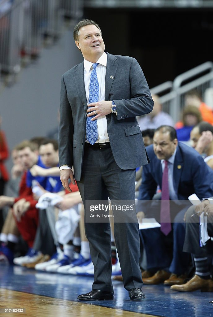 Head coach <a gi-track='captionPersonalityLinkClicked' href=/galleries/search?phrase=Bill+Self+-+Allenatore&family=editorial&specificpeople=228699 ng-click='$event.stopPropagation()'>Bill Self</a> of the Kansas Jayhawks reacts in the second half against the Maryland Terrapins during the 2016 NCAA Men's Basketball Tournament South Regional at KFC YUM! Center on March 24, 2016 in Louisville, Kentucky.
