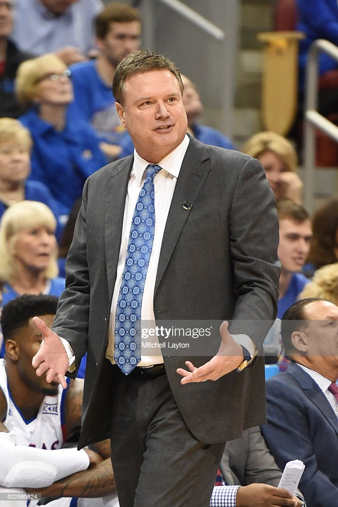 Head coach <a gi-track='captionPersonalityLinkClicked' href=/galleries/search?phrase=Bill+Self+-+Allenatore&family=editorial&specificpeople=228699 ng-click='$event.stopPropagation()'>Bill Self</a> of the Kansas Jayhawks reacts to a call during the third round of the 2016 NCAA Men's Basketball Tournament against the Maryland Terrapins at the KFC Yum! Center on March 24, 2016 in the Louisville, Kentucky. The Jayhawks won 79-53.