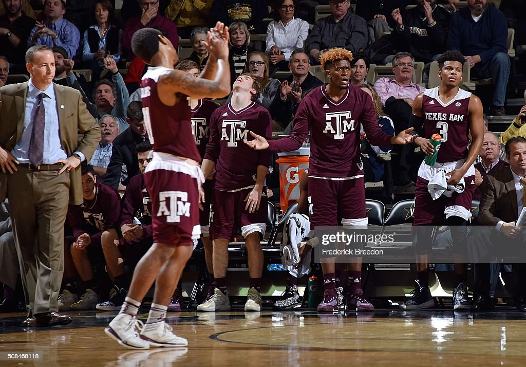 Head coach Billy Kennedy of the Texas A&M Aggies and his bench reacts during the final moments of the second half of a 77-60 Vanderbilt upset of Texas A&M at Memorial Gym on February 4, 2016 in Nashville, Tennessee.