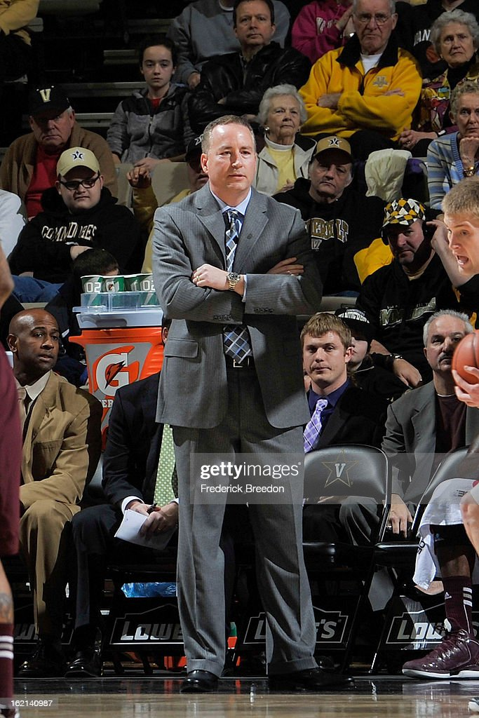 Head coach <a gi-track='captionPersonalityLinkClicked' href=/galleries/search?phrase=Billy+Kennedy+-+Basketbalcoach&family=editorial&specificpeople=15285545 ng-click='$event.stopPropagation()'>Billy Kennedy</a> of the Texas A&M Aggies coaches his team against the Vanderbilt Commodores at Memorial Gym on February 16, 2013 in Nashville, Tennessee.